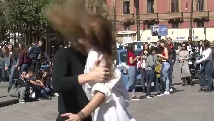 Festa Delle Donne Il Video Del Flashmob A Palermo Giornale Di Sicilia
