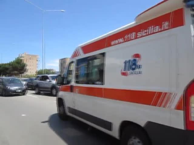 Legno Naturale Viale Regione Siciliana Palermo : Scontro fra moto a palermo le immagini nel luogo dell incidente