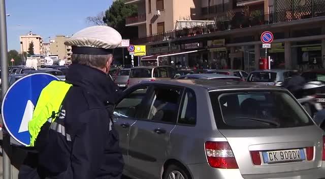 Legno Naturale Viale Regione Siciliana Palermo : Lavori in viale regione a palermo e traffico in tilt carreggiate